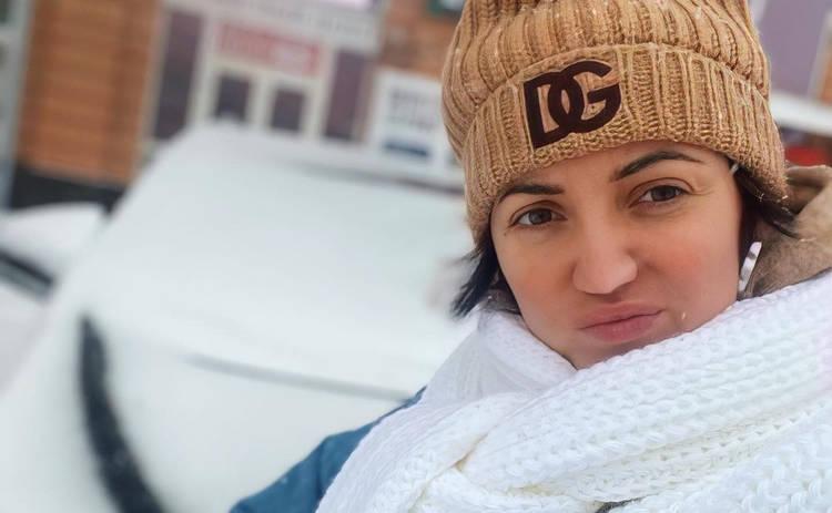 Оля Цибульская встретила Новый год в белье и фартуке: очень сексуально ‒ фото