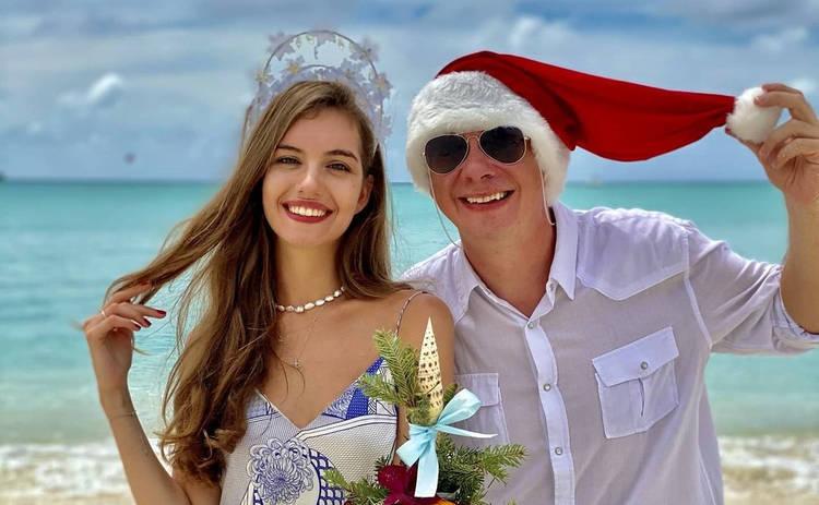 Дмитрий Комаров показал, чем занимается с женой на Мальдивах: райский отдых – фото