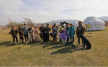 Орел и Решка: ведущий проекта приручил беркута
