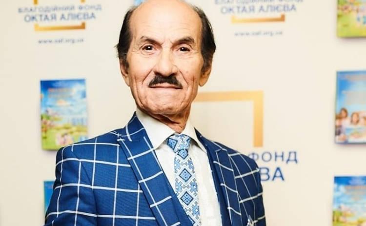 Григорий Чапкис снова оказался в больнице после перенесенного двустороннего воспаления легких