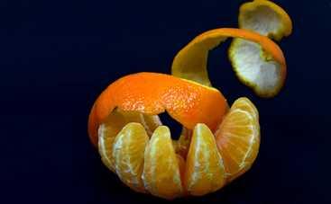Полезные вещи из мандариновых корок: как сделать скраб для рук, ароматную свечу и лечебную настойку