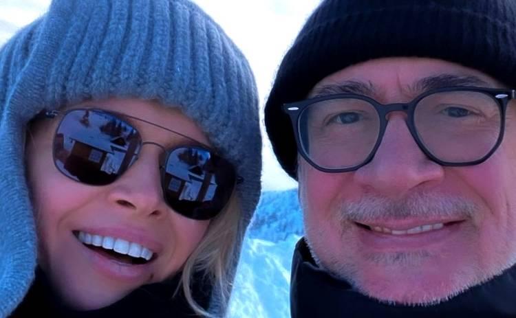 Вера Брежнева с мужем и дочкой покоряет заснеженные горы в Италии и делится яркими фото