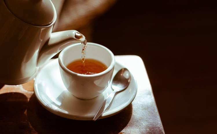 Ученые предположили, что чай способен уничтожить коронавирус в слюне