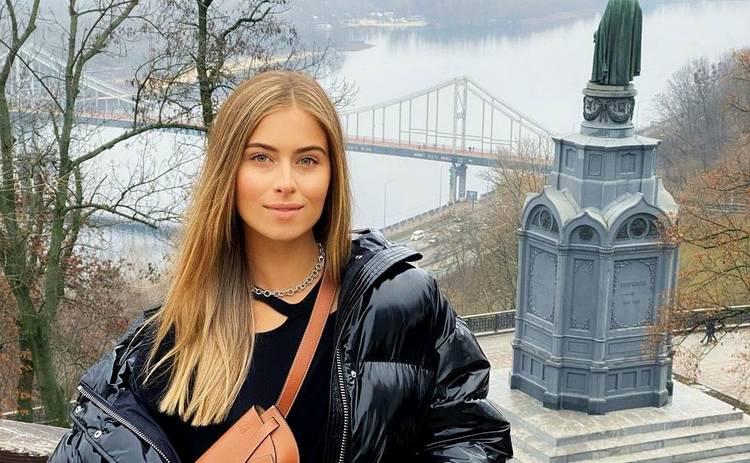 19-летняя Соня Евдокименко поделилась нежными фото со своим любимым мужчиной