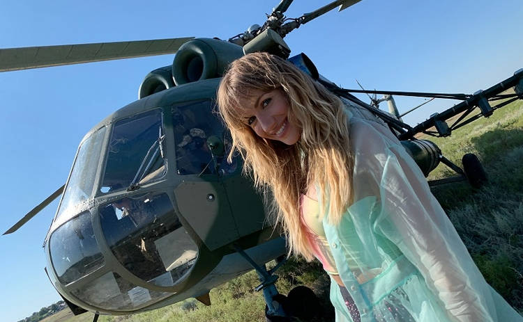 Лесю Никитюк чуть не травмировал вертолет на съемках