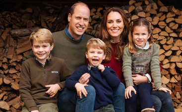 Герцоги Кембриджские приветствовали нового члена семьи