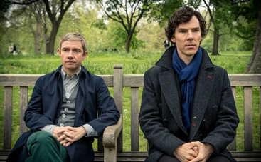 """Секреты """"Шерлока"""": родственные связи, фиктивный адрес и праздничный катафалк"""