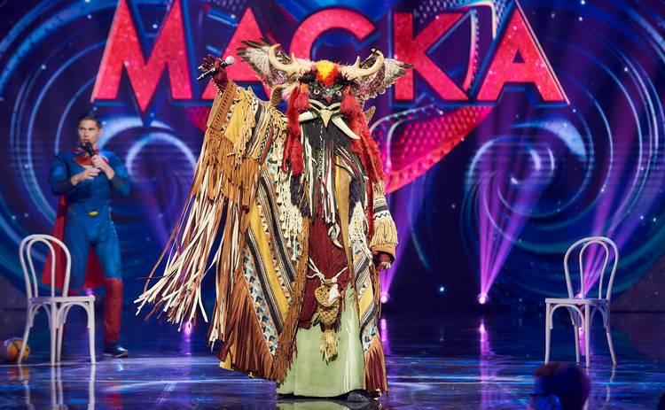 МАСКА: Мольфар заявил, что один из звездных детективов шоу присутствовал на его обряде