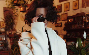 Снежана Бабкина оголила грудь и рассказала о женской энергии ‒ жаркое фото