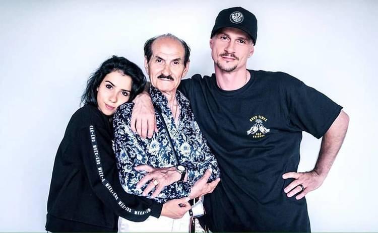 Сын Григория Чапкиса поделился редкими фото с женой и детьми