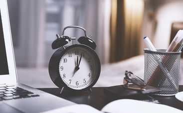 Когда переводят часы на летнее время в Украине в 2021 году