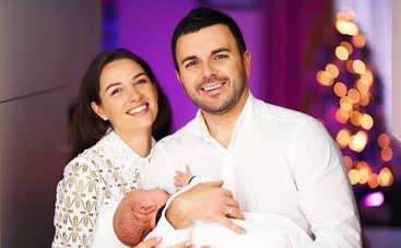 Жена Григория Решетника похвасталась безупречной фигурой после третьих родов