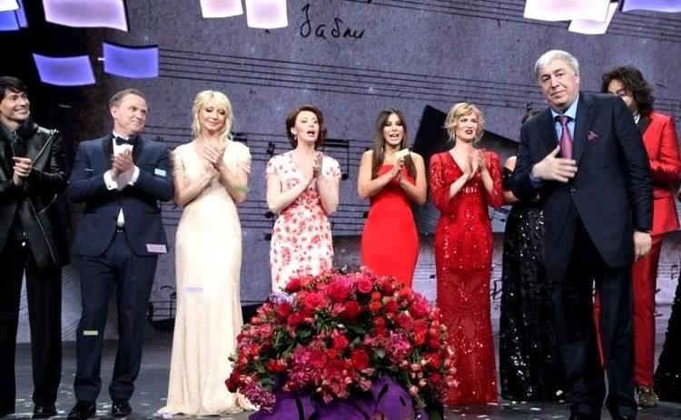 8 Марта на Интере: утренний флешмоб, новый Шекспир и истории особенных женщин