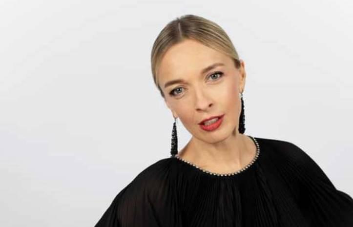 Василиса Фролова родила первенца: телеведущая рассекретила имя малыша и отца своего ребенка