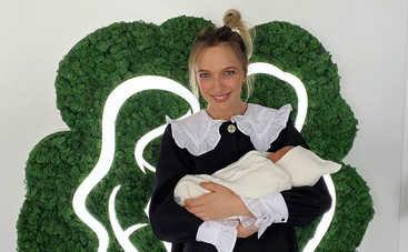 До и после родов: Василиса Фролова позабавила снимком с беременным животиком и с сыном на руках