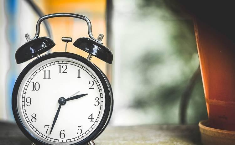 ТОП-5 правил, чтобы без дискомфорта пережить перевод часов в марте