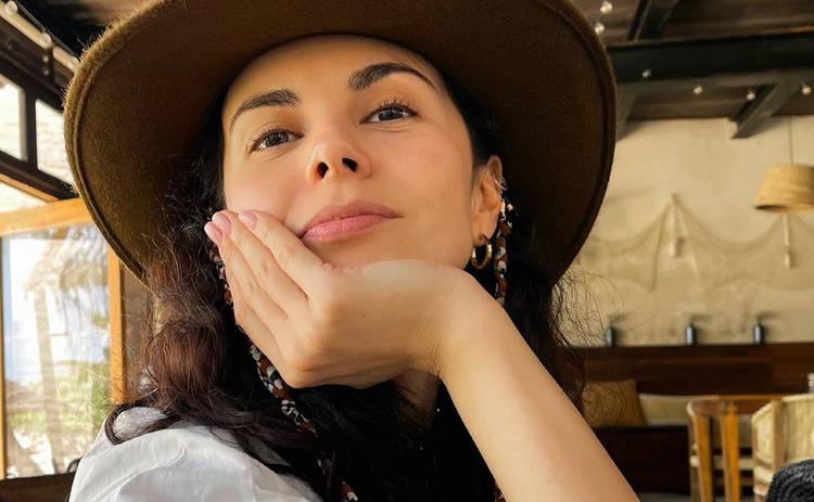 Настя Каменских с мамой и подругой снимает новое шоу в Мексике ‒ фото