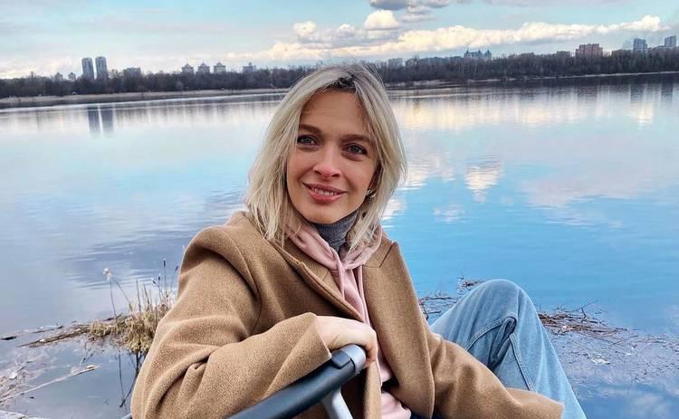 Василиса Фролова впервые показала лицо 1-месячного сына в стильной фотосессии