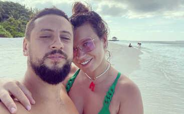 Как красиво: Жена Димы Монатика публично продемонстрировала чувства к мужу
