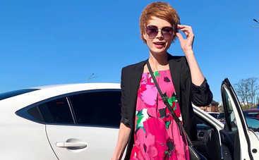 Аферисты в сетях-6: Елена-Кристина Лебедь в свадебном платье предложила незнакомому парню интим