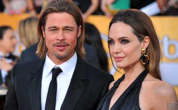 На какие пластические операции решилась Анджелина Джоли ради идеальной внешности