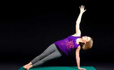 ТОП-3 упражнения для бодрости, которые можно выполнять в кровати