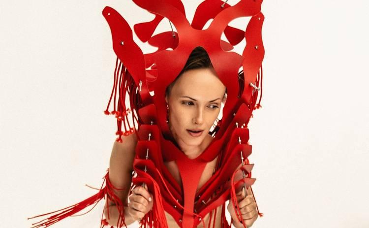 Певица BATURA презентовала дебютный трек