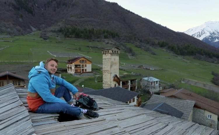 Орел и Решка. Чудеса света: ведущий тревел-шоу устроил пикник на грузинской оборонной башне