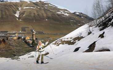 Орел и Решка. Чудеса света: ведущая тревел-шоу поднялась в одно из самых высокогорных поселений Европы