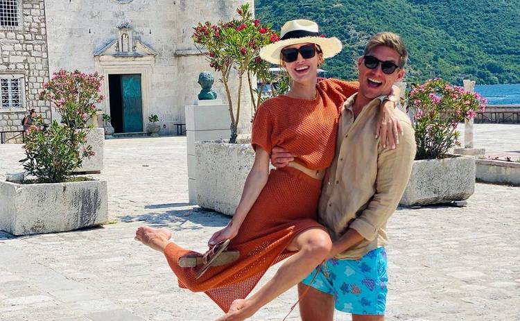 Супруга Владимира Остапчука показала аппетитную фигуру в купальнике на отдыхе в Черногории ‒ фото