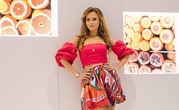Анна Кошмал восхитила точеной фигурой в откровенном наряде: Дюймовочка