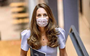 Кейт Миддлтон ушла на самоизоляцию после контакта с зараженным COVID-19