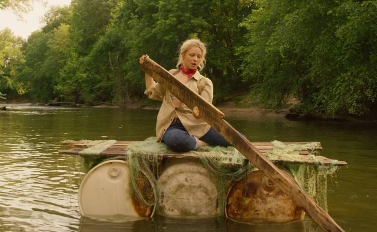 Несокрушимая: триллер с Аннабелль Декстер-Джонс с 15 июля в кино