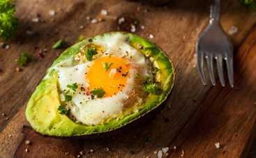 Авокадо запеченное с яйцом - рецепт