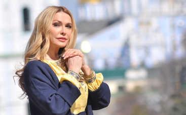 54-летняя Ольга Сумская произвела фурор фигурой в купальнике на отдыхе в Египте