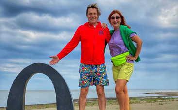 Степан Казанин с женой отправились на отдых в Барселону ‒ яркие фото