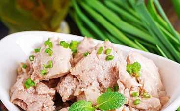 Печеночный салат для всей семьи (рецепт)