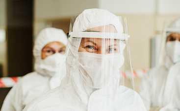 Врачи назвали единственный симптом коронавируса у вакцинированных