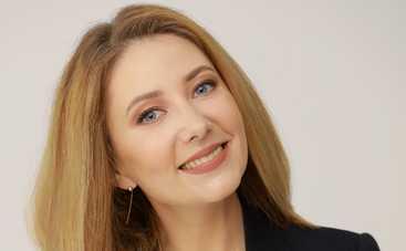 Ведущая канала СТБ Ольга Кучер впервые стала мамой
