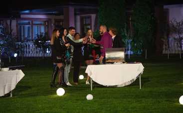 Эксы-3: первая роскошная вечеринка для пар закончилась слезами, криками и ужасной дракой