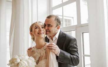 Виктор Павлик с женой впервые показали лицо сына Михаила – фото