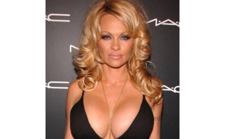 Памела Андерсон в 14-й раз снимется для Playboy