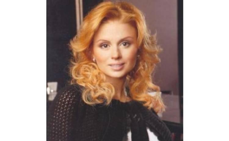 Анна Семенович идет в суд