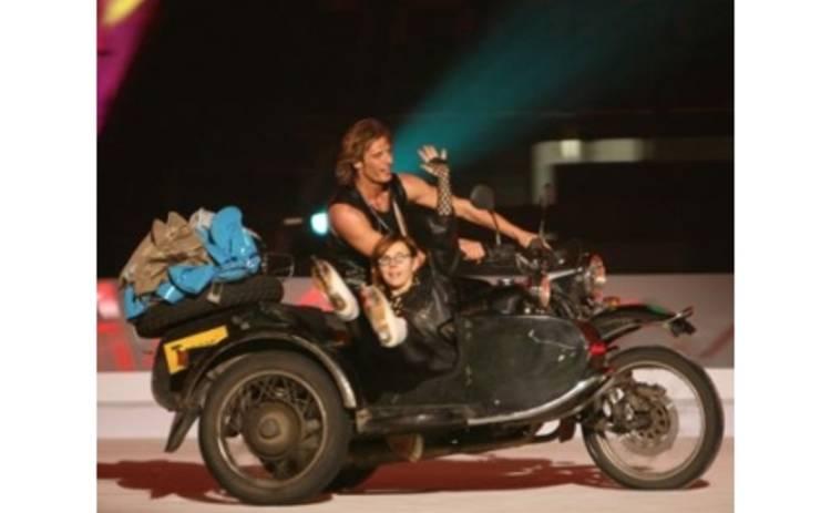Фекла Толстая оденет коньки и сядет на мотоцикл