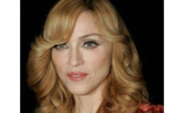 Дочь Мадонны хочет жить с отцом