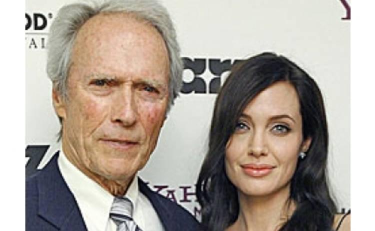 Джоли сделала сюрприз Клинту Иствуду