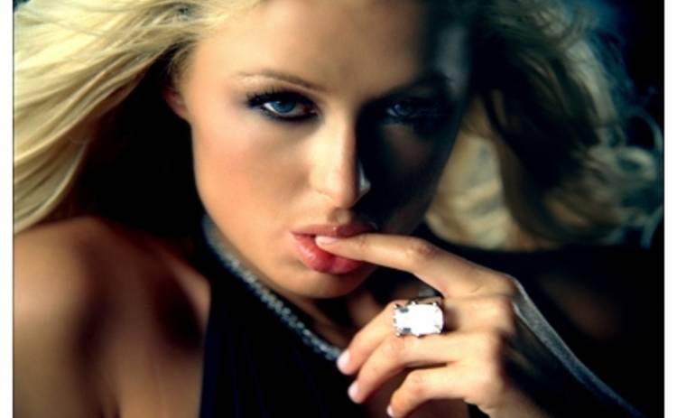 Блондинка Пэрис Хилтон станет супергероем