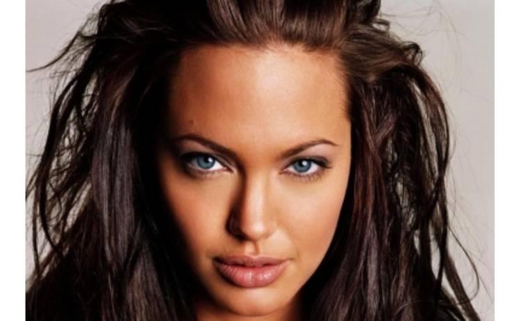 Анжелина Джоли снова беременна
