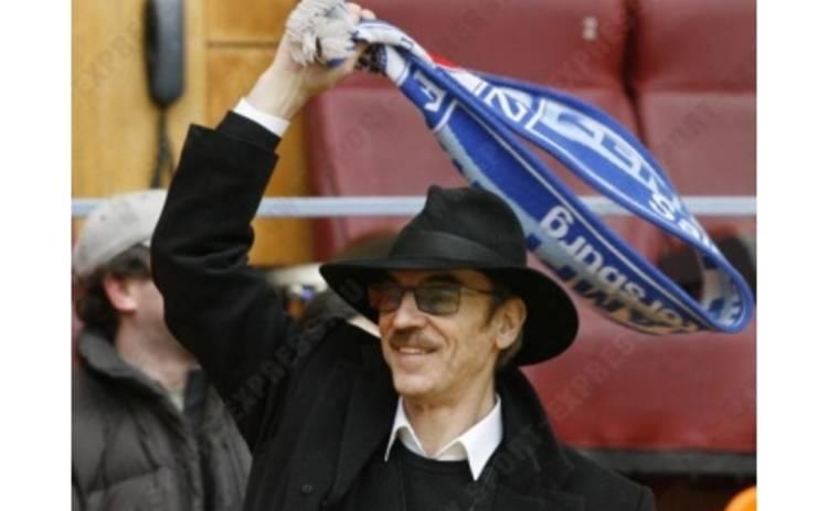 Боярский расстался с любимым шарфом