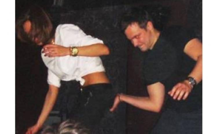 Алексей Чадов устроил эротические танцы